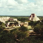 free photos Royalties free photos of Mayan ruins of Uxmal, Mexico (Central America). Free photographies of Yucatán. Pictures of archaeological remains: pyramids, Mayan art, Mayan statues, Toltec art, pre-Columbian art, Mexican art...