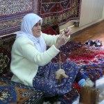 photos gratuites Photos gratuites de tisseuses de tapis turcs (Turquie, Asie Mineure). Photos de tissage de tapis, tisseuses, métier à tisser, tapis turcs, femmes turques, Turquie, Asie Mineure..
